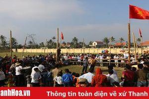 Sôi nổi hội vật truyền thống xã Hoằng Phong