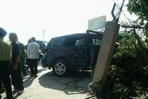 Ô tô 7 chỗ va chạm xe khách, nhiều người bị thương nặng