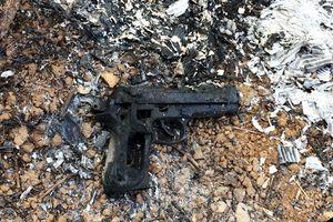 Tìm thấy khẩu súng nghi phạm dùng cướp hơn 2 tỷ ở trạm thu phí cao tốc