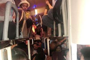 Xử phạt xe khách 40 chỗ ngồi 'nhồi' đến 60 hành khách