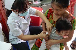 Hà Nội: Đầu năm mới thêm 8 trường hợp trẻ bị ho gà