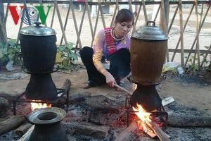 Chõ xôi - vật dụng trong sinh hoạt hàng ngày của đồng bào Thái