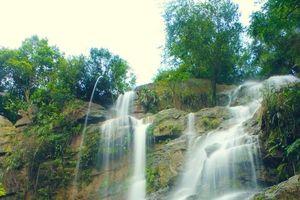 Những thác nước tuyệt đẹp hút khách du lịch ở Quảng Ninh