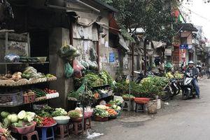 Mùng 6 Tết, rau xanh tăng giá gấp đôi ngày thường