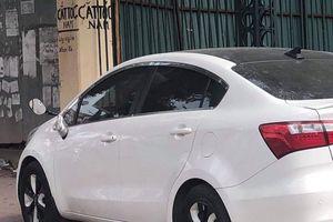 Hàng loạt chủ xế hộp lên mạng xã hội khóc ròng vì xe bị bẻ gương dịp Tết