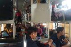 Xử lý xe khách 40 chỗ 'nhồi nhét' đến 72 người