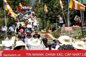 Hơn 13 vạn lượt du khách đến Hà Tĩnh du xuân Kỷ Hợi