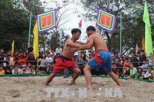 Tưng bừng hội vật làng Thủ Lễ, Thừa Thiên Huế