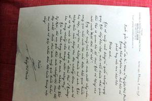 Tặng sách và cách ứng xử giàu tính nhân văn của GS, VS Đặng Vũ Minh