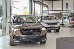 Ô tô Trung Quốc mở bán tại TP.HCM: Vừa rẻ, vừa sang, chỉ 'hoang mang' chất lượng