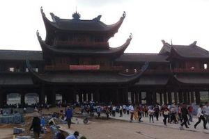 Hà Nam: Dòng người đến tham quan Khu du lịch Tam Chúc những ngày Tết