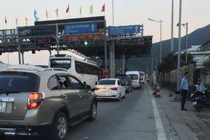 Thừa Thiên-Huế: QL 1A ùn tắc nhiều giờ đoạn Bắc Hầm Hải Vân