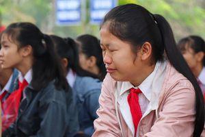 Buổi học đầu năm đẫm nước mắt ở ngôi trường có 6 học sinh đuối nước
