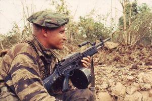 Hé lộ khẩu súng máy 'khủng' của biệt kích Mỹ trong CTVN