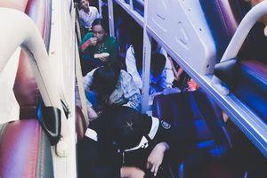 Hành khách 'phát điên' vì xe 45 chỗ nhồi nhét 65 người sau kỳ nghỉ Tết