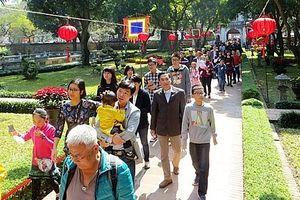 Hà Nội đón trên 500 nghìn lượt khách trong dịp Tết Nguyên đán