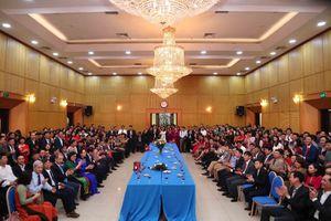 Mỗi cán bộ Bộ Kế hoạch và Đầu tư phải tiếp tục giữ vững tinh thần đoàn kết, trí tuệ và bản lĩnh