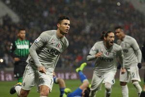 Cristiano Ronaldo tỏa sáng, Juventus thắng dễ Sassuolo