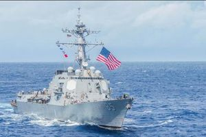 Mỹ điều tàu chiến tới Biển Đông, thách thức tuyên bố chủ quyền ngang ngược của Trung Quốc