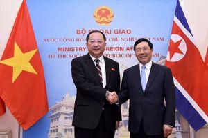 Phó Thủ tướng, Bộ trưởng Ngoại giao Phạm Bình Minh thăm chính thức Triều Tiên