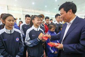 Bộ trưởng Nguyễn Ngọc Thiện: 'Nếu muốn chiến thắng ở đấu trường lớn trước hết phải có sự tự tin'