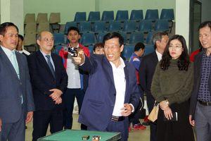 Bộ trưởng VH-TT&DL Nguyễn Ngọc Thiện bắn súng khai xuân