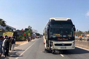 Khởi tố tài xế xe khách tông xe máy khiến 2 cha con tử vong
