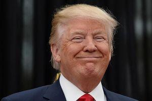 Trả 15.000 USD để được chụp hình với ông Trump