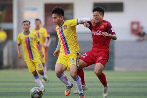 Cầu thủ U22 Việt Nam vất vả cầm hòa đàn anh ở V.League 2019