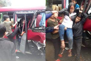 Xe khách 24 chỗ đâm trực diện xe tải, 2 xe co rúm đầu, ít nhất 6 người bị thương