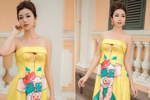 Jennifer Phạm vai trần gợi cảm xuống phố đầu năm