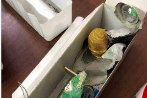 Bắt đối tượng cài chất nổ vào micro bluetooth làm 2 người bị bỏng nặng
