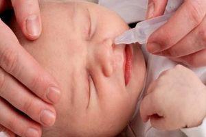 Các loại thuốc nhỏ mũi cho trẻ