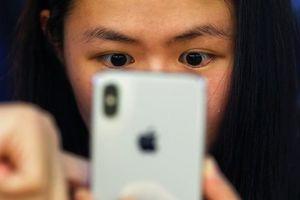 Doanh số iPhone của Apple tiếp tục giảm mạnh tại Trung Quốc