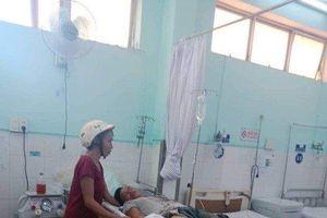 Dùng thuốc nổ đánh cá, một thanh niên bị thương nặng