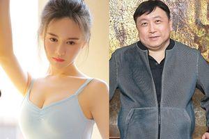 Con gái lên tiếng về ảnh Vương Tinh qua đêm với mỹ nhân kém 40 tuổi
