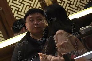Con gái trả lời thông tin đạo diễn Vương Tinh hẹn hò nữ diễn viên kém 40 tuổi