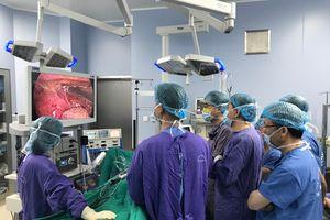 Bệnh viện TWQĐ 108 phẫu thuật thành công ung thư thực quản theo phương pháp mới