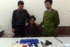 Bắt đối tượng tàng trữ 3.200 viên ma túy, bắn công an trọng thương