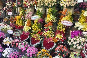 TP.HCM: Thị trường quà tặng Valentine 'tăng nhiệt' trước 'giờ G'