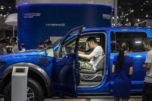 3 giáo sư đồng loạt đệ đơn kiện Ford về hành vi 'ăn cắp' bằng sáng chế công nghệ
