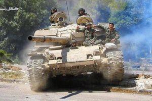 Syria điều quân tới sát Cao nguyên Golan sau khi bị Israel nã tên lửa