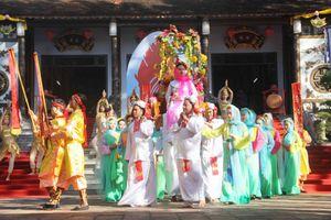 Huế: Độc đáo lễ hội đền Huyền Trân