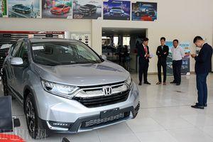 Honda CR-V tại Việt Nam hết cảnh 'bia kèm lạc'