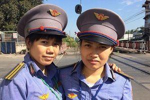 Chủ tịch Tổng Công ty Đường sắt Việt Nam gửi thư khen 2 nữ gác chắn cứu cụ bà ngay trước mũi tàu hỏa