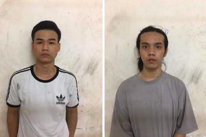 Bắt 2 đối tượng trong nhóm giang hồ Sài Gòn hỗn chiến bằng súng, kiếm ở phố Tây