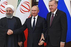 Bộ 3 Putin - Erdogan - Rouhani đang mở họp báo chung tại Sochi