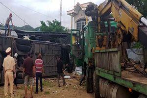 Phó Thủ tướng chỉ đạo 'nóng' về vụ tai nạn xe khách làm 38 người bị thương
