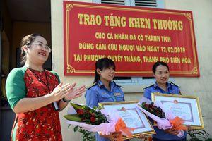 Đồng Nai tặng bằng khen hai nhân viên gác chắn dũng cảm cứu người