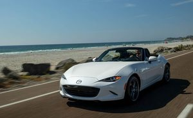 Bảng giá xe Mazda mới nhất tháng 2/2019: 'Em út' Mazda2 giá từ 504-562 triệu đồng